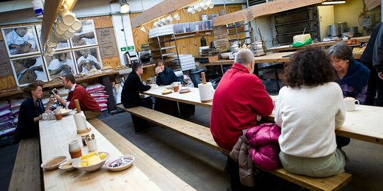 Town Mill Bakery: Customers doing their thing