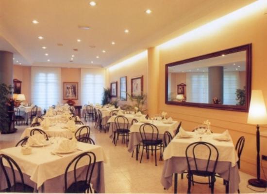 Restaurante Florida: Vista general del comedor