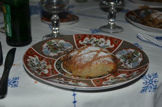 Restaurant dar hatim: Pastilla - delicious!