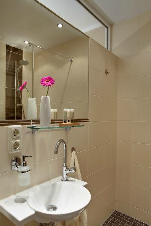 Hotel Klein & Fein Bad Breisig: Badezimmer