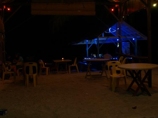 Bayu Dive Lodge: Café B-first with the best food!