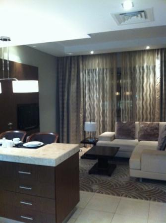 Oaks Liwa Executive Suites: lounge