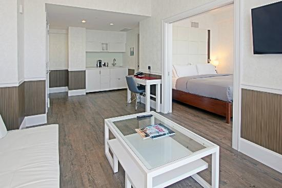 hotel indigo 126 1 6 5 updated 2018 prices. Black Bedroom Furniture Sets. Home Design Ideas