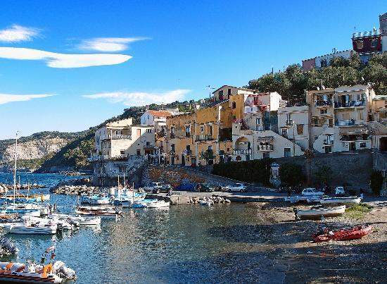 Marina della Lobra - Spiaggia e Borgo Marinaro