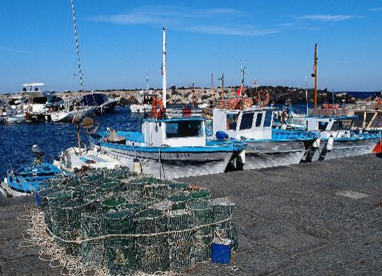 Marina della Lobra - Spiaggia e Borgo Marinaro: Marina della Lobra (Massa Lubrense)