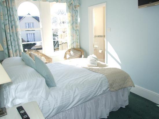 Trafalgar House: Room 3 Master Double