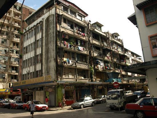 Borneo Seaview Hotel: Sandakan town.