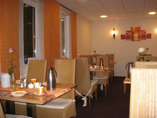 Hotel Restaurant Zum Werdersee: Breakfast room