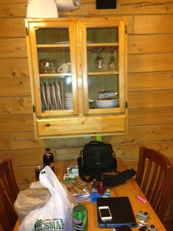 Alaskan Suites: Full compliment of pots, pans, dishes and silverware