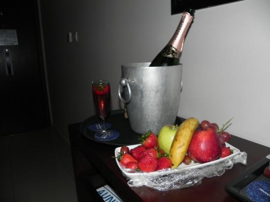 Protea Hotel by Marriott OR Tambo Airport: Bubbly
