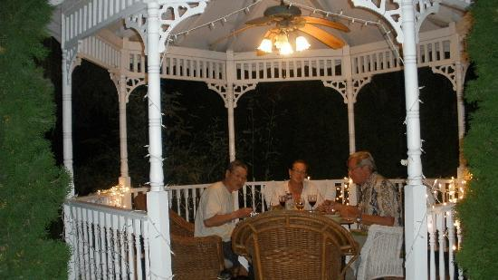 Cozy Rose Inn: A magical dinner in the Gazebo!