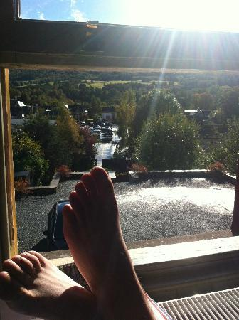 Carra Beag Guest House: Lovely view, excuse the feet lol!!!