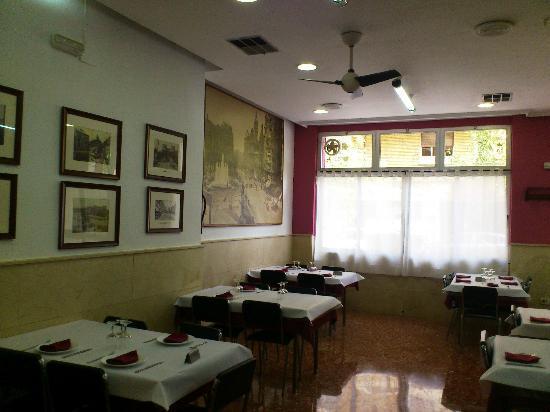 restaurante bar restaurante la oficina en valencia con