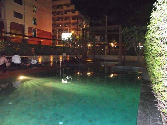 Hotel Vista Pattaya: swimming pool