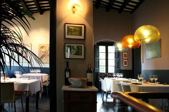 Cabrils, Espanha: comedor interior