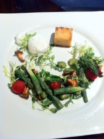 General Tarleton Restaurant: summer salad