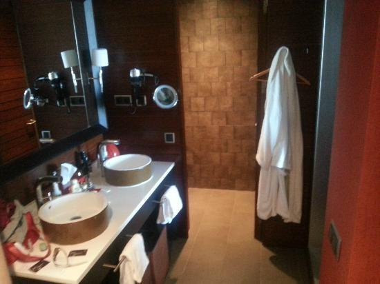 Sheraton Gran Canaria Salobre Golf Resort: Bathroom