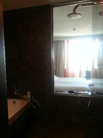 Sheraton Gran Canaria Salobre Golf Resort: See through shower