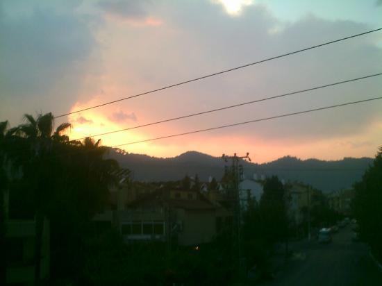 Angels Inn: Sunset