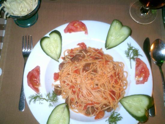 Angels Inn: Spaghetti and Meatballs