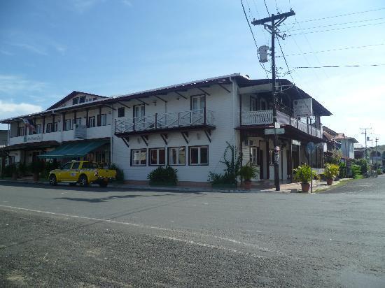 Swan's Cay Hotel: Hotel
