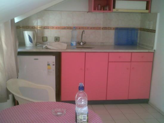 Kaan Apart: cupboards