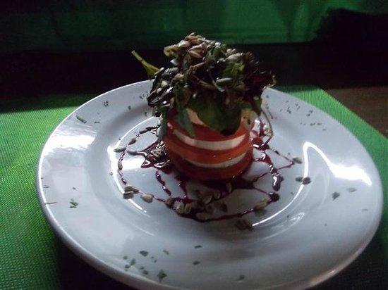 Blake's Restaurant: Salad