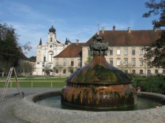 Klostergasthof Raitenhaslach: Alrededores