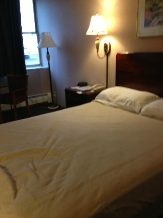 Baxter Park Inn: Hard Mattress - I had removed the bedspread