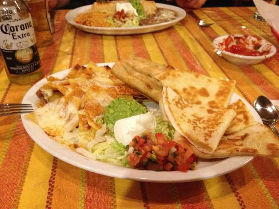 Salvador's Mexican Restaurant: Fiesta