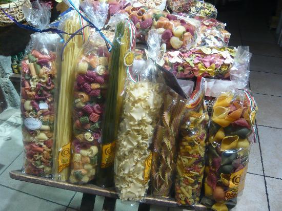 Az. Agr. La Ripa: San Gimignano shopping