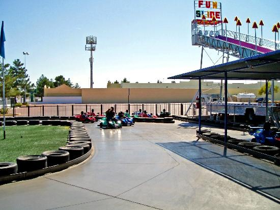 Photo of Tourist Attraction Las Vegas Mini Gran Prix Family Fun Center at 1401 N Rainbow Blvd, Las Vegas, NV 89108, United States