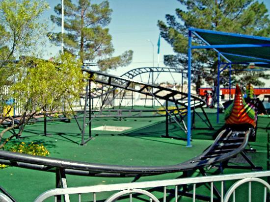 写真Las Vegas Mini Gran Prix Family Fun Center枚