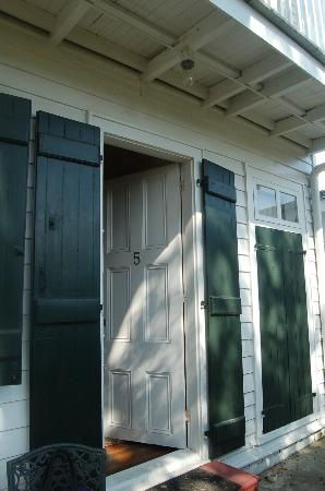 Ashton's Bed and Breakfast: Entrance to The Cajun Kitchen