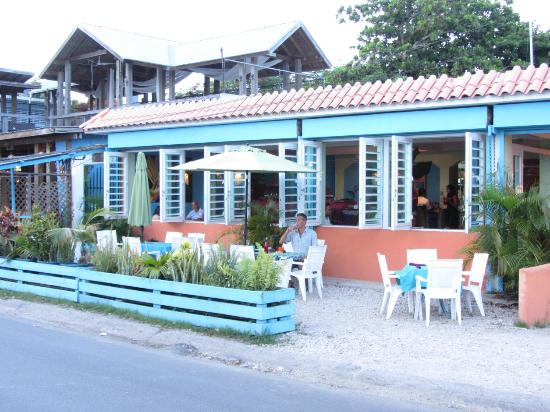 هاسيندا تاماريندو: Bili Restaurant