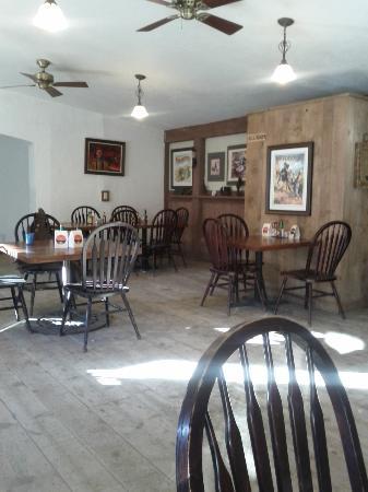 Drover's Inn: dining