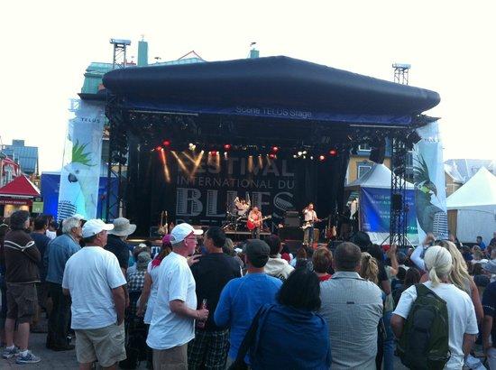 La Place St-Bernard - Les Suites Tremblant : Festival de Blues