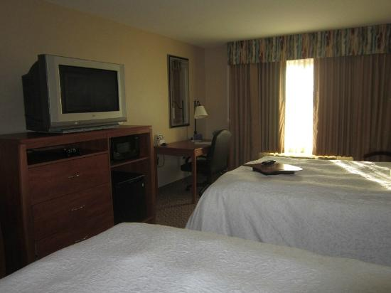 Hampton Inn & Suites Greeley : Bedroom
