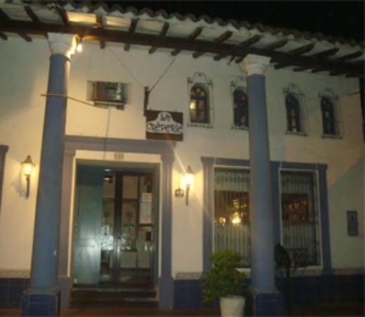 Restaurant La Creperie: Entrada a la Creperie