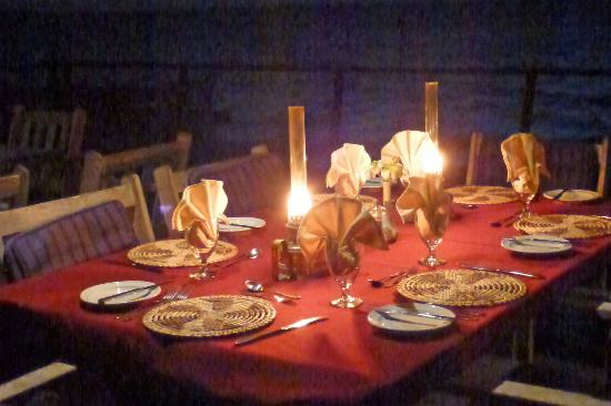Mounu Island Resort: Ready for our 3 course Dinner