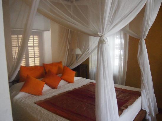 Kholle House: A beautiful room