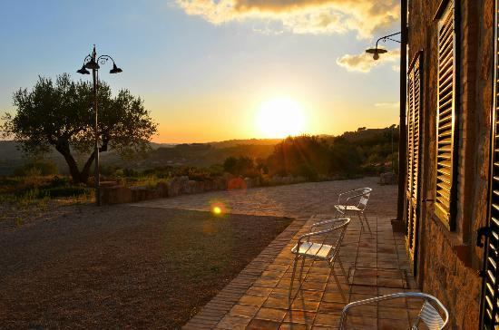 Agriturismo Salemi: View at sunset