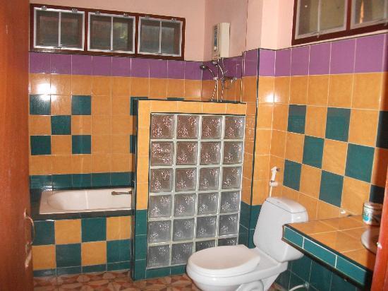 Diamond Private Resort: bathroom