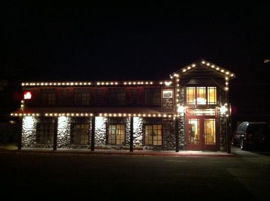 Inn on the Creek: all lite up in the nite