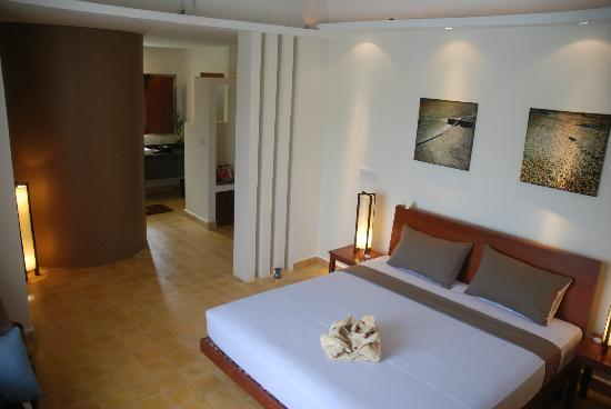 Battambang Resort: Lake Room