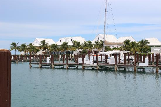 Old Bahama Bay: the marina...pretty empty :(