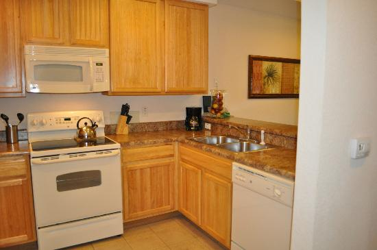 Caribe Cove Resort Orlando: kitchen