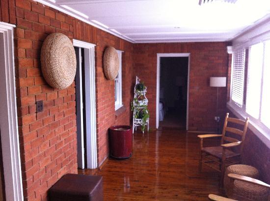Beancounters House: Shared balcony