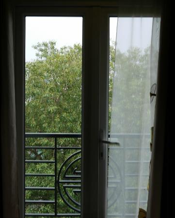هانوي تشارمنج 2 هوتل: Room 601 balcony 