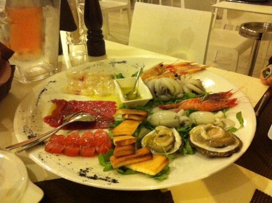 Giampa: Misto crudi di pesce